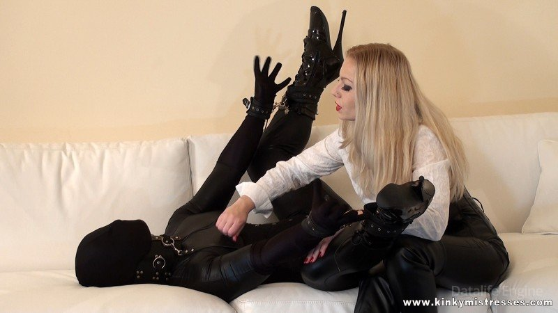 My Slave In Black (Mistress Lilse) [HD 720p] (74.8 MB)