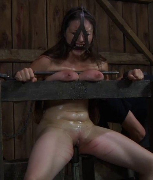 CuntFined (InfernalRestraints.com) [HD 720p] (514 MB) Sister Dee, PD
