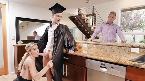 Kenzie Taylor - Cap And Gown Dick Down! ( 2019/FamilyStrokes.com / TeamSkeet.com/SD)