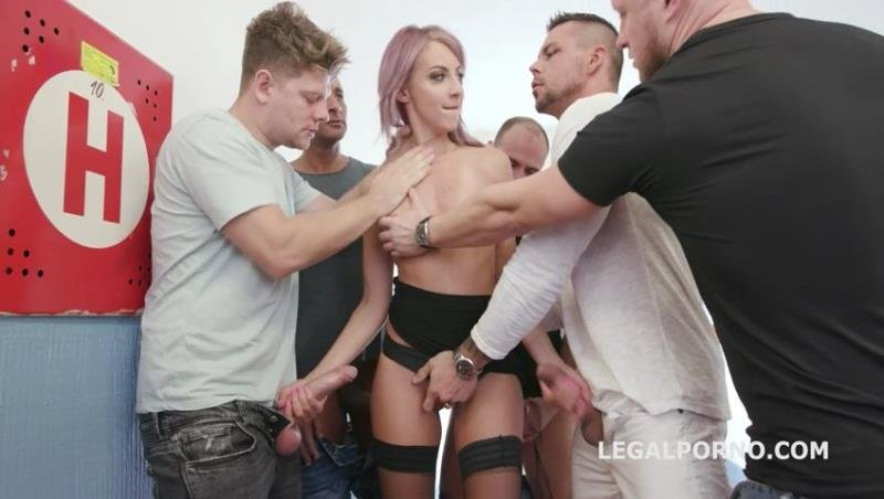 Vicky Sol - 7on1 DAP Gangbang with Vicky Sol Balls Deep Anal, Rough Action, Gapes and Cumswallow GIO1246! ( 2020/Legal/SD)